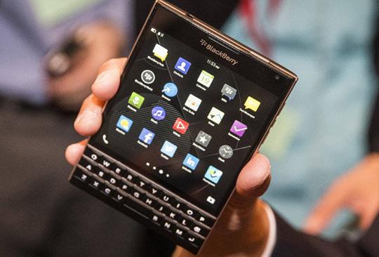 53a42eabd85ef_Blackberry