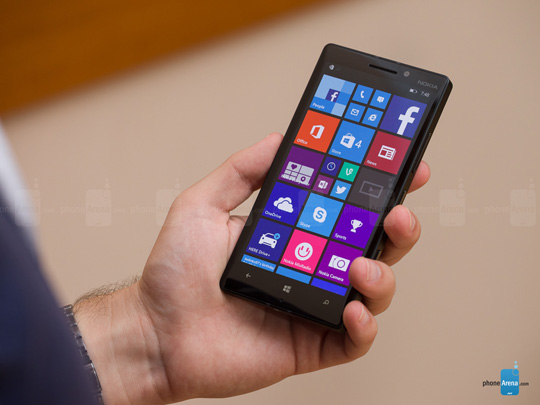 Nokia-Lumia-930-Review-001 (1)