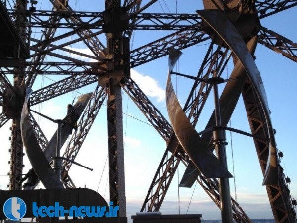 The Eiffel Tower now generates its own power with new wind turbines (2)