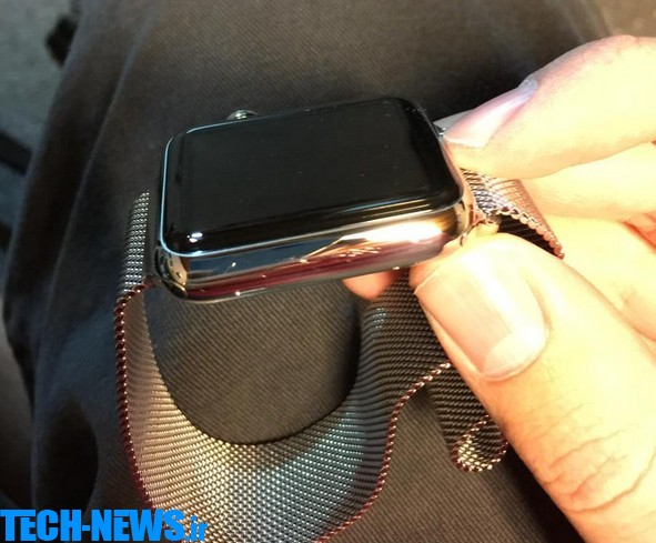 Apple Watch owners are complaining about scratches on their new pride and joy  2