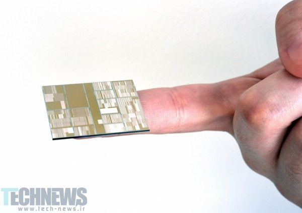 IBM unveils the industry's first 7nm chips 2