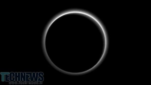 Photo of اطلاعات جدیدی از سیاره پلوتو منتشر شد: جریان یخ در کنار هیدروکربن مبهم و مهآلود