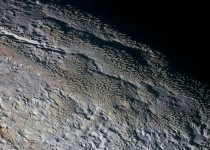 New high-res Pluto images show snakeskin surface