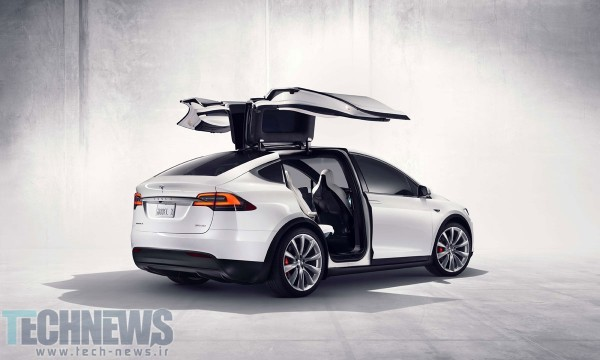 Tesla Model X launched with dual-hinge falcon wing doors, Bioweapon Defense Mode