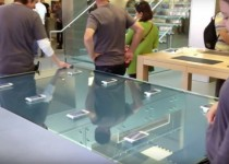 Apple's Flagship Stores Come Equipped With Force Touch Tables
