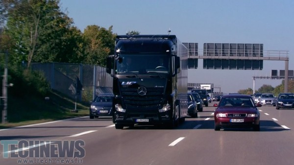 Photo of آزمایش اولین کامیون هوشمند مرسدسبنز در خیابانهای اشتوتگارت