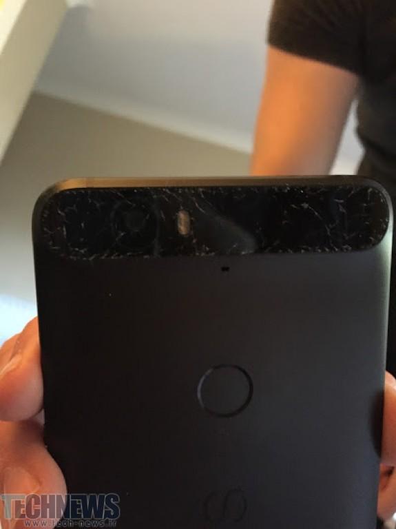 کاربران نکسوس 6P هوآوی از خرد شدن شیشهی جلو و عقب گوشی خبر دادهاند