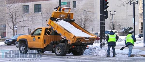 Researchers infuse salt into asphalt for winter roads