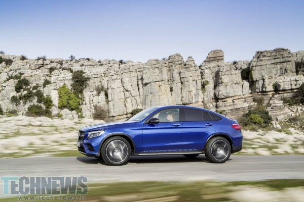 2017-Mercedes-Benz-GLC-Coupe-4