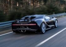 Bugatti-Chiron-Driving-Shots-5-696x465