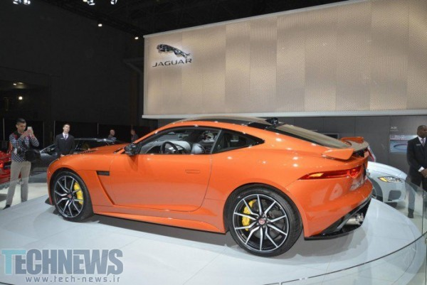 Jaguar-F-Type-SVR-7-696x465