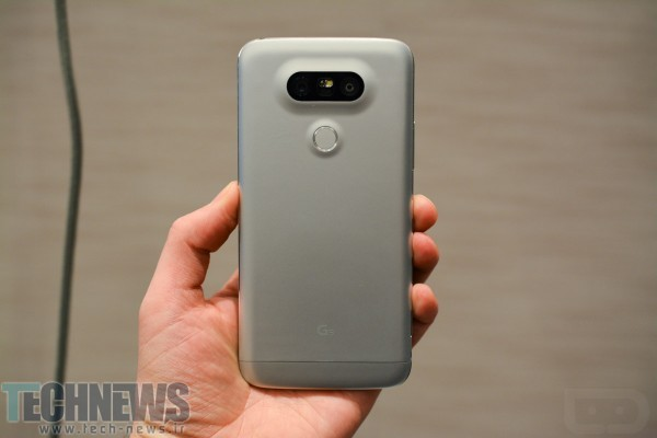 lg-g5-in-hand-2