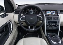 6_Land-Rover-Discovery-Sport
