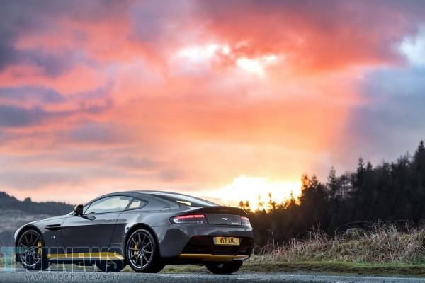 Aston-Martin-V12-Vantage-S-13