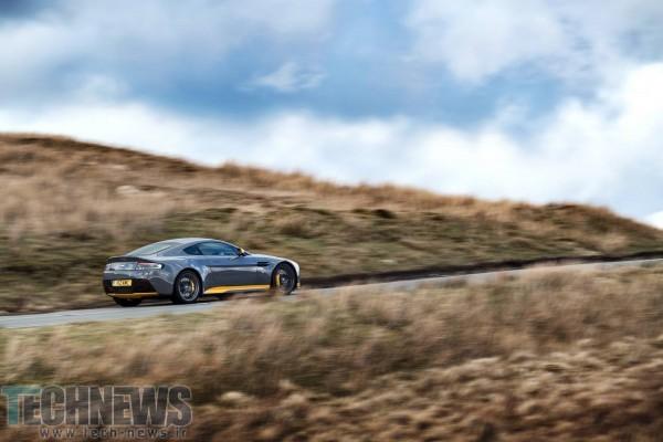 Aston-Martin-V12-Vantage-S-18