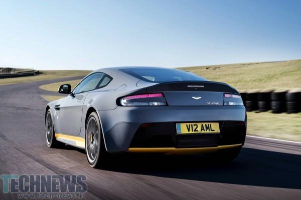 Aston-Martin-V12-Vantage-S-2