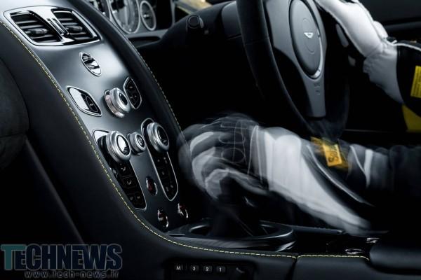 Aston-Martin-V12-Vantage-S-7