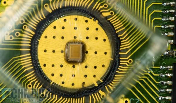 Photo of تکنولوژی جدید IBM میتواند برای سرعت بیشتر جایگزین رم و فلش مموری در گوشیهای هوشمند شود