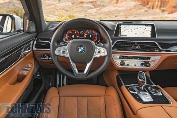 2016-BMW-750i-xDrive-cockpit