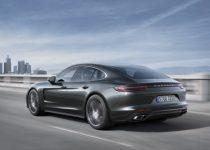 2017 Porsche Panamera revealed2