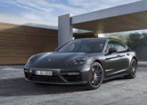 2017 Porsche Panamera revealed7