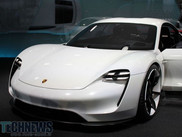 Porsche bets big on electric cars with huge hiring spree