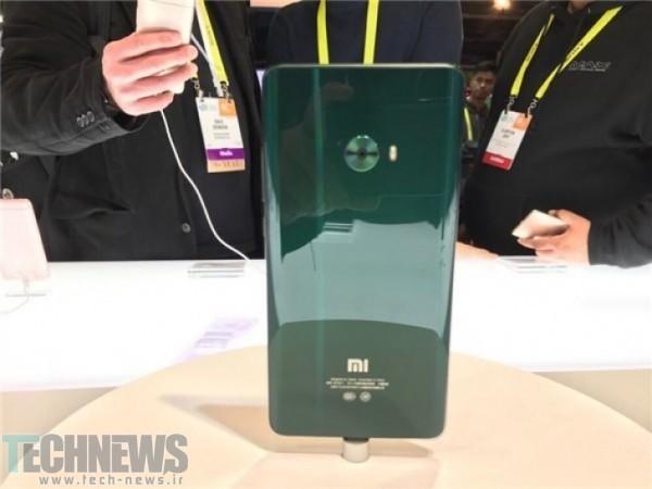 Photo of رنگهای جدید Mi Note 2 شیائومی در CES رونمایی شد