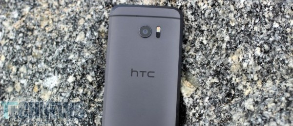 Photo of گوشی HTC 11 با چیپست اسنپدراگون 835 و 6 گیگابایت رم به میدان میآید