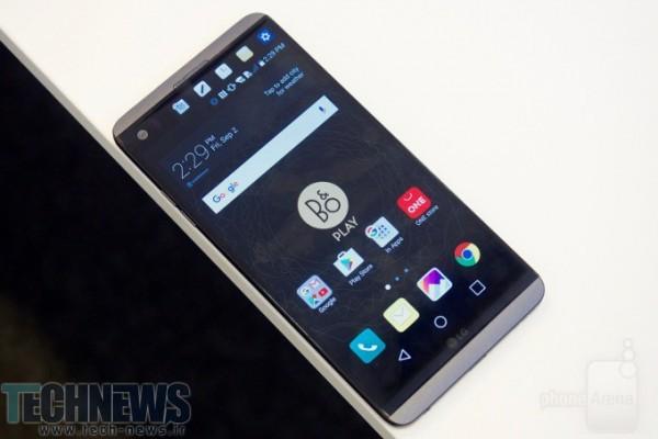 Photo of گوشی V30 الجی مجهز به پنل اولد شهریور امسال عرضه میشود