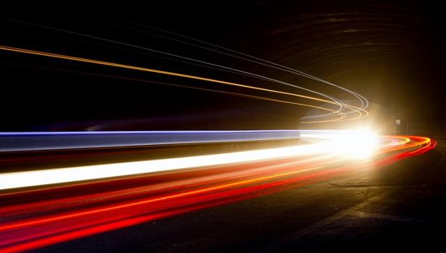 افزایش سرعت نور