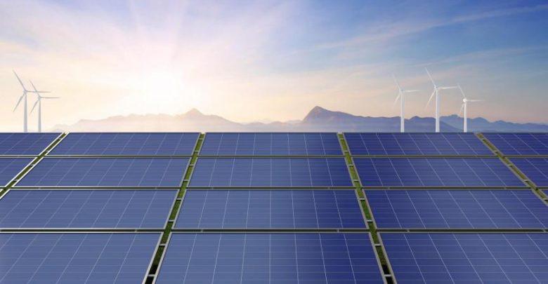 راه اندازی بزرگ ترین مزرعه خورشیدی در امارات
