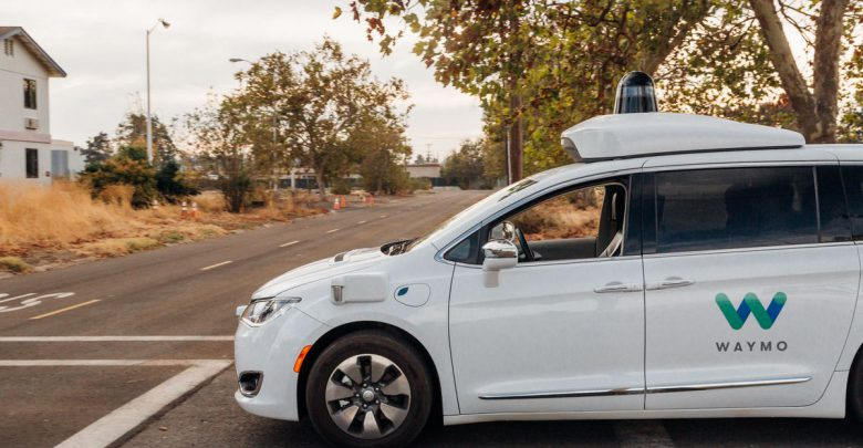 تاکسی خودران گوگل در راه است