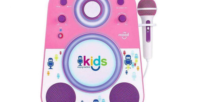 خطر استفاده از اسباب بازیهای هوشمند برای کودکان