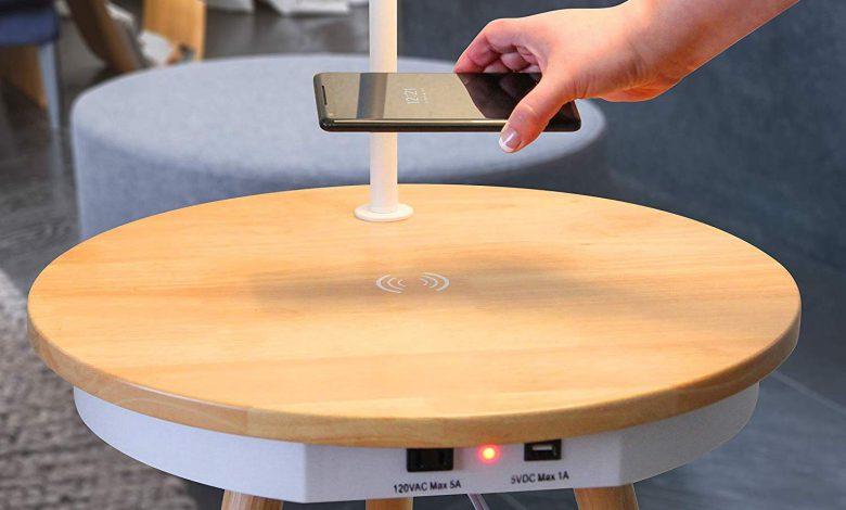 شارژ بی سیم تلفن همراه به کمک میز هوشمند