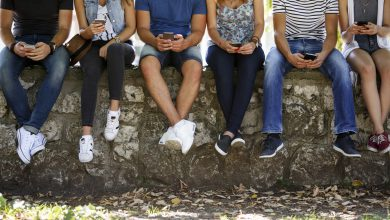 Photo of رابطه بین استفاده از تلفن همراه و ایجاد اضطراب در نوجوانان