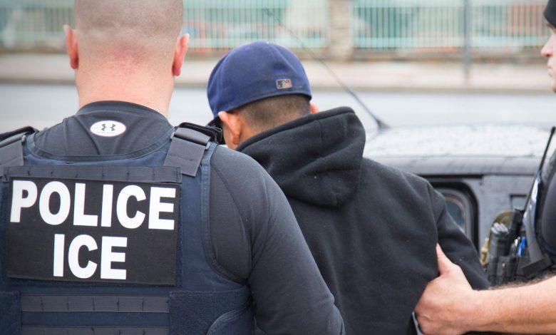 اقدام دولت آمریکا در استفاده از دادهها برای ردیابی مهاجران غیرقانونی