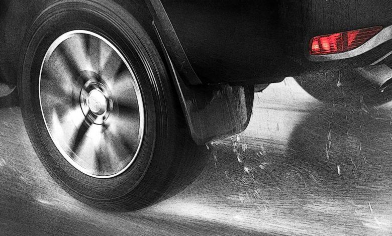 نقش تایرها در آلودگی محیط زیست در مقابل دود اگزوز خودروها