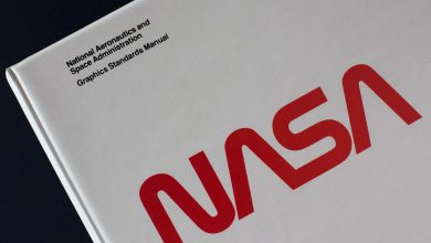 Photo of استفاده ناسا از نشان نمادین خود در پرتاب سرنشیندار کرو دراگون