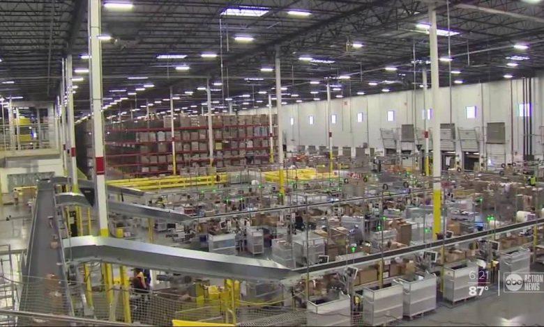 آمازون به استفاده از اطلاعات مشتریان در عرضه محصولات رقابتی متهم شد