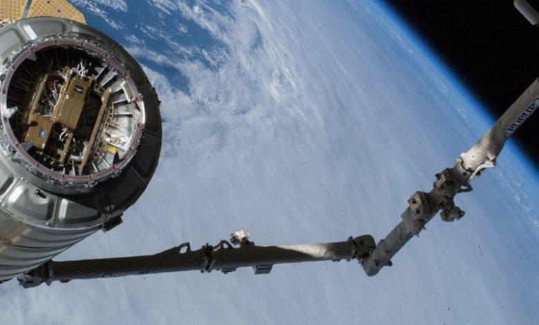 ارسال ماهواره مخابراتی برای ارتباط با فضانوردان در ماه