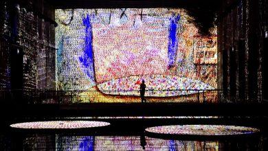 Photo of بزرگترین گالری هنر دیجیتال جهان در پایگاه زیردریایی نازی ها