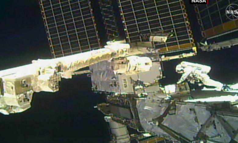 سرنشینان دراگون سومین پیادهروی فضایی خود را انجام دادند