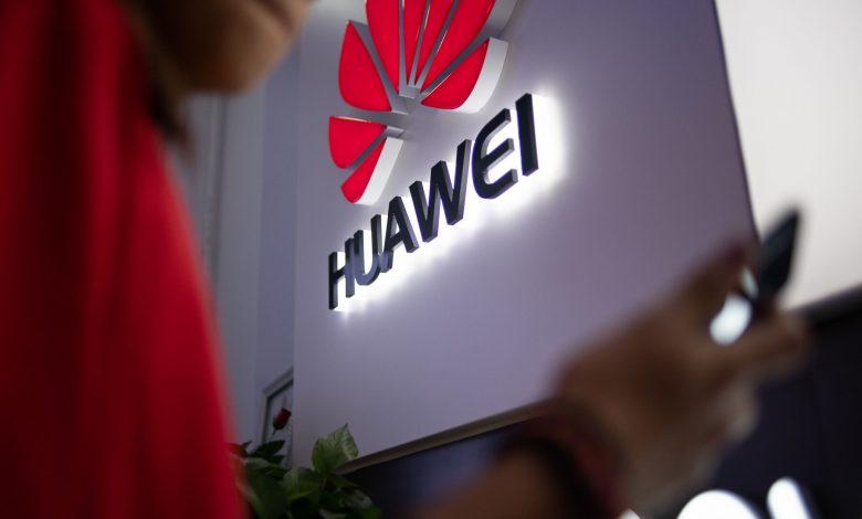 هواوی نیمی از بازار موبایل چین را در اختیار خود دارد