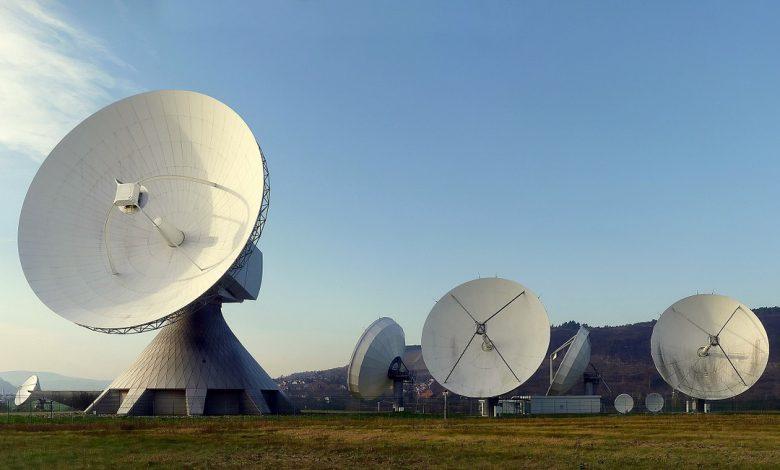 توسعه شبکه 4G درماه و افزایش تداخل سیگنال در تلسکوپ های رادیویی