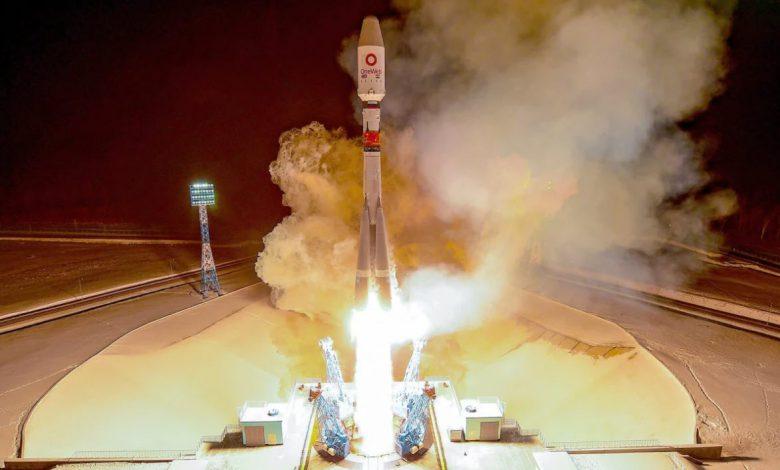 خروج شرکت Oneweb از ورشکستگی؛ ارسال ۳۶ ماهواره دیگر به مدار زمین | تکنا