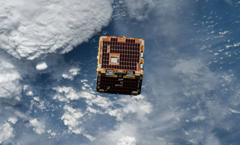 ساخت ماهواره های چوبی با هدف کاهش زباله های فضایی