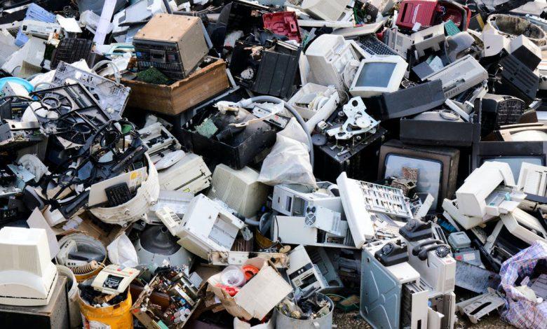 دانشمندان تلاش دارند از باکتری ها برای بازیافت زباله های الکترونیکی استفاده کنند