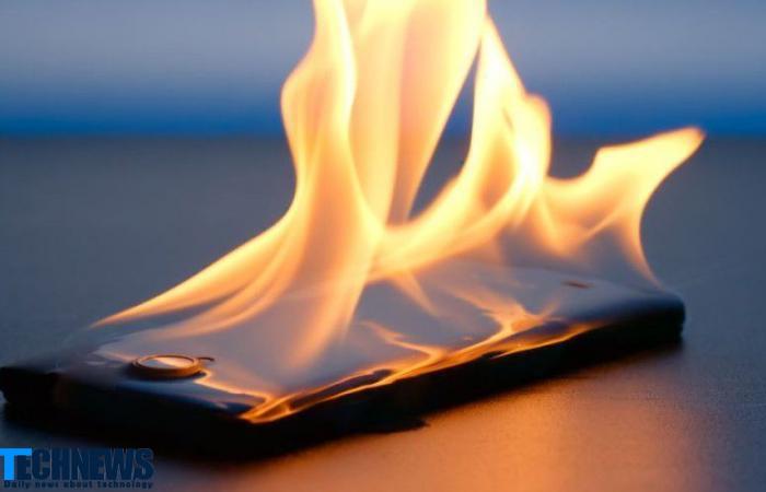 آتش گرفتن گوشی هوشمند سامسونگ در هواپیما و خروج اضطراری مسافران